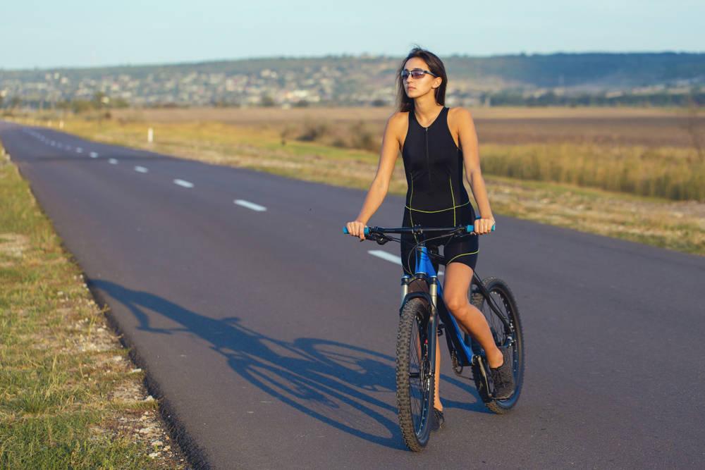 La vías pública española, sigue sin pensar en l@s ciclistas